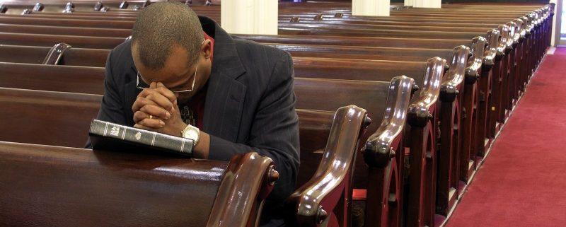 praying pastor